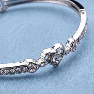 Jewelry - New Heart Alloy Crystal  Silver Plated Bracelet